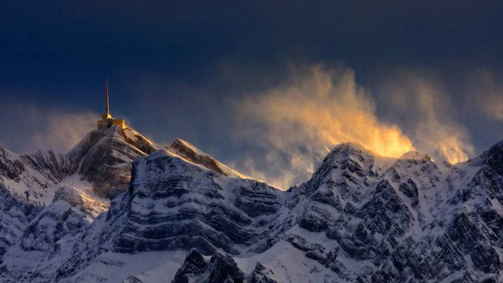 Luftaufnahmen Landschaft: Santis in der Schweiz.