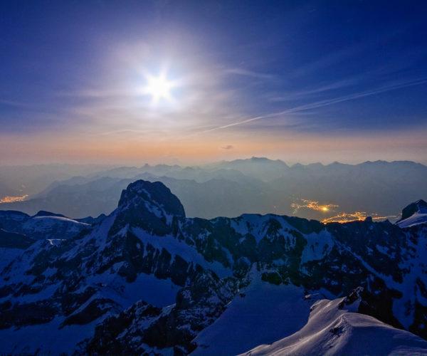 Landschaftsfotografie Sonne über Bergen