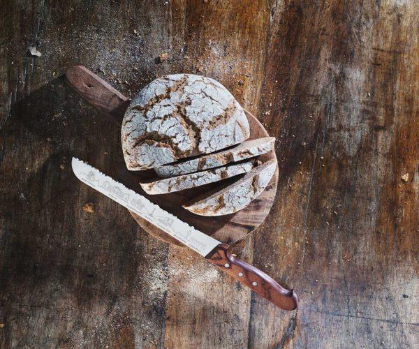 Produktfotografie Packshot: Brotmesser