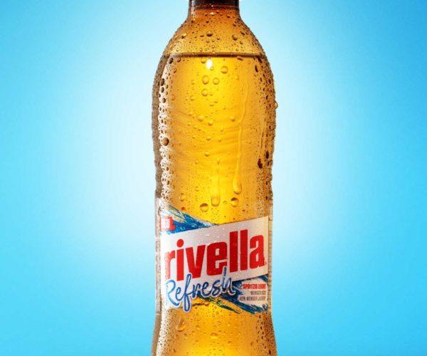 goldgelb GmbH - packshot Rivella Flasche