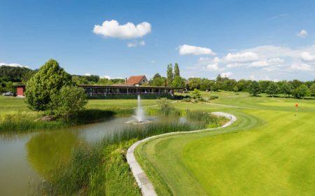 Luftaufnahmen Golfplatz - Drohne oder Hochstativ